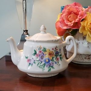 Price Kensington Potteries Teapot